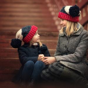 фотосессия в одинаковых шапках